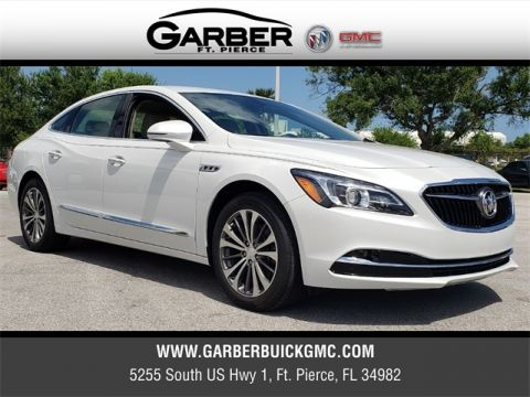 New 2018 Buick LaCrosse Essence FWD 4D Sedan