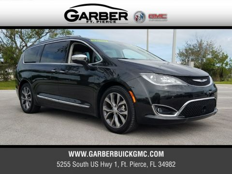 Pre-Owned 2017 Chrysler Pacifica Limited Platnium