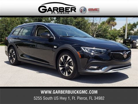 New 2018 Buick Regal TourX Essence AWD