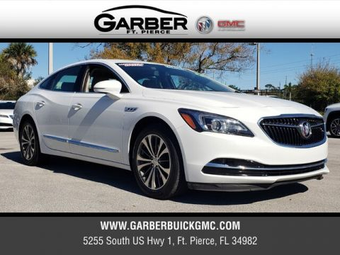 Pre-Owned 2017 Buick LaCrosse Essence With Navigation