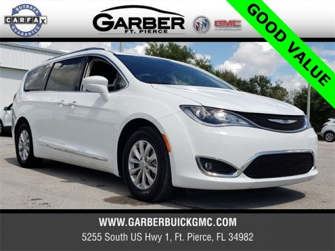 Pre-Owned 2018 Chrysler Pacifica Touring L FWD 4D Passenger Van