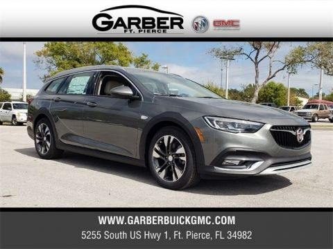 New 2019 Buick Regal TourX Essence AWD